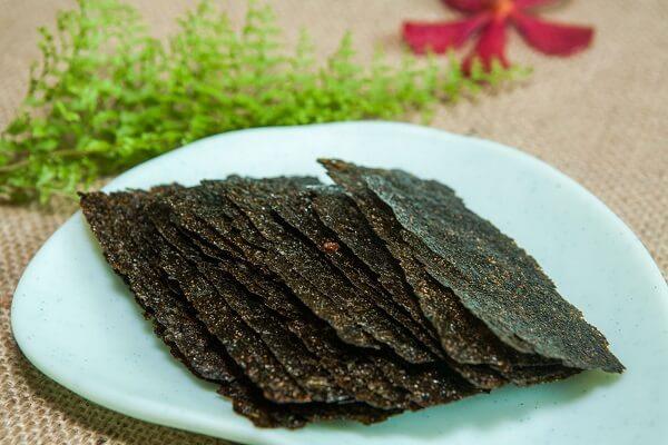 4 món ngon từ rong biển, Cách chế biến rong biển sấy khô chiên tỏi ớt, rong biển tẩm gia vị