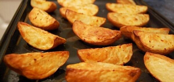 Cách nướng khoai tây tại nhà