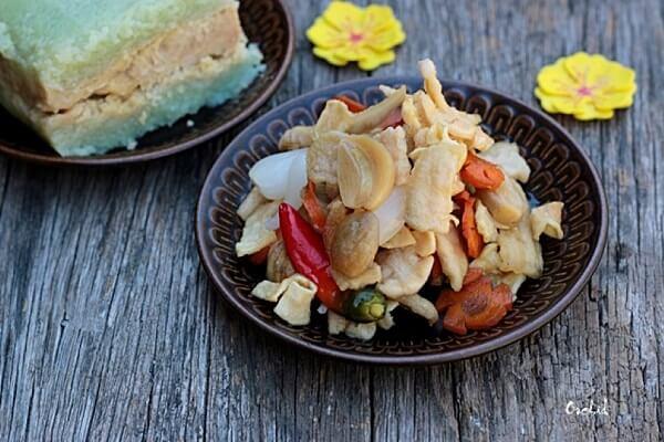 Cách làm dưa món củ kiệu miền Trung - Muối dưa nước mắm mặn ngọt
