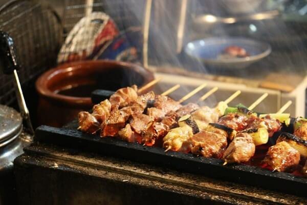 Yakitori là một trong những món ngon của Nhật Bản được yêu thích