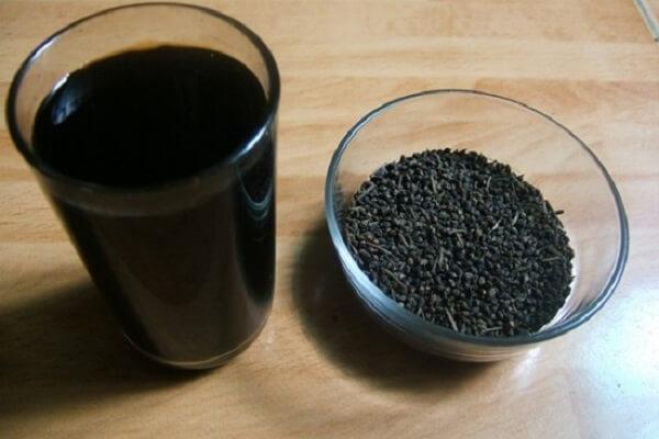 Uống nước đỗ đen rang giúp thanh lóc cơ thể, giải nhiệt, giải độc