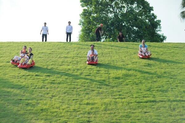 Trượt cỏ Lương Sơn