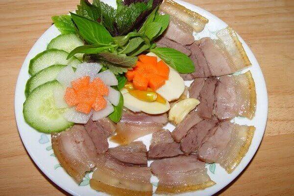 Thịt lợn ngâm giấm