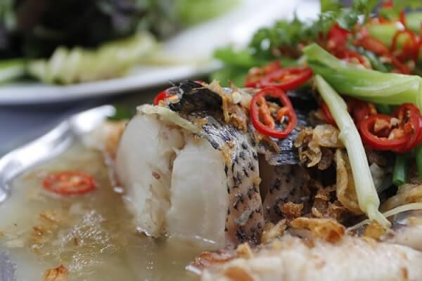 Cách làm cá hấp bia ngon không tanh (cá chép, cá thu, cá trắm)