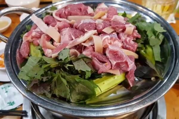 3 cách làm dê hấp lá tía tô, thịt dê hấp gừng sả, dê hấp bia, Cách hấp thịt dê ngon và đậm đà