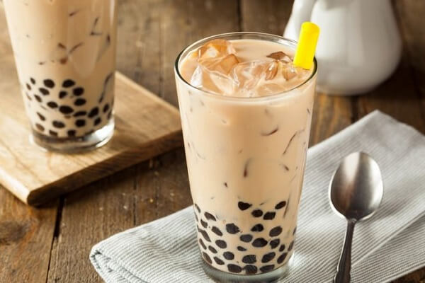 Bạn có thể trang trí ly trà sữa cho đẹp mắt
