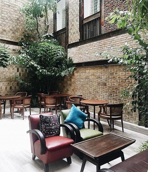 Bason Café như một khu vườn mini nhỏ xinh đẹp