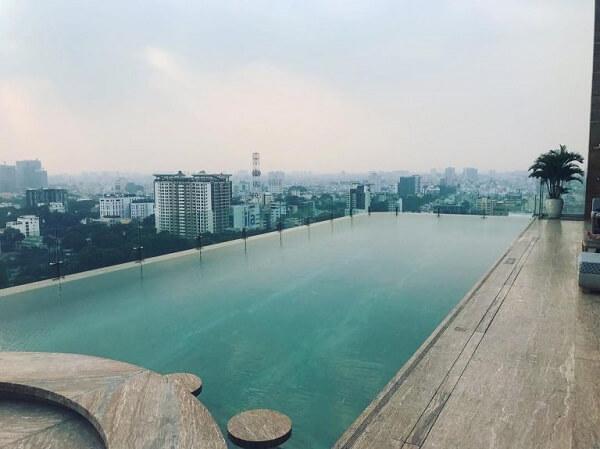 Rooftop Pool Bar -Nguyễn Thị Minh Khai, Quận 3