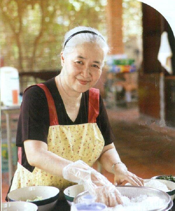 Lớp dạy nấu ăn của cô Dzoãn Cẩm Vân - CMT8, P.5, Q.Tân Bình