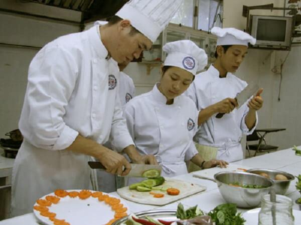 Trường Trung cấp nghề du lịch Khôi Việt - Quận Phú Nhuận. TP HCM