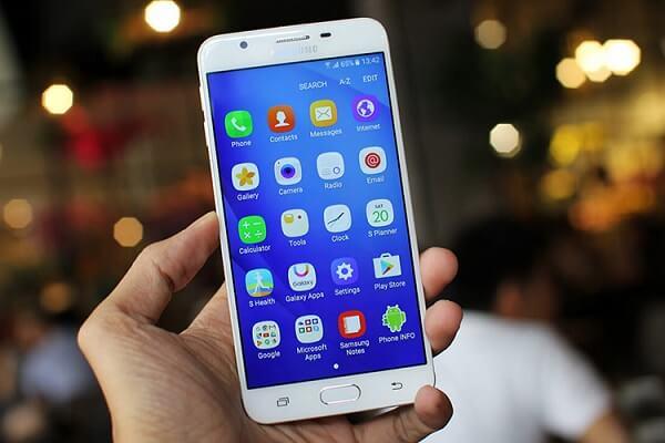 Điện thoại Galaxy J7 Prime.