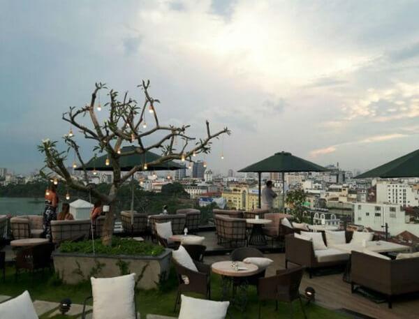 Quán Skyline Hanoi 1