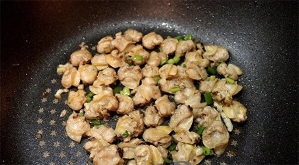 Phi thơm phần thịt ngao - cách nấu canh ngao bầu