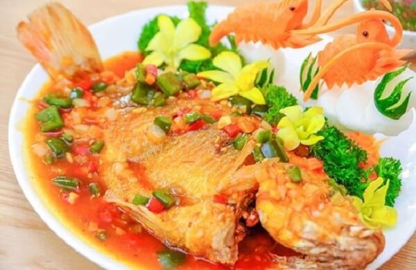 Cách làm cá chép sốt cà chua ngon cho bà bầu