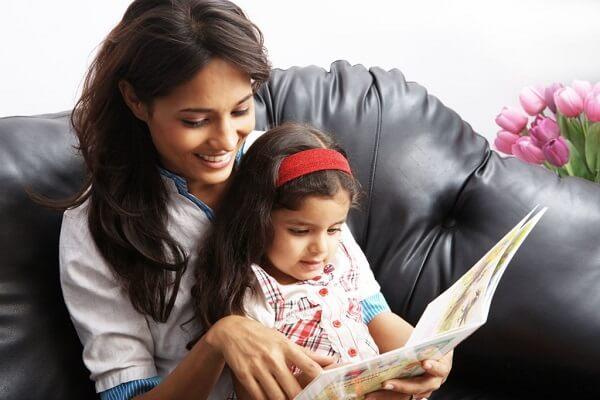 Dạy trẻ nói ngọng - kể chuyện, hát, đọc vè cha mẹ nên chọn những câu chuyện ngắn