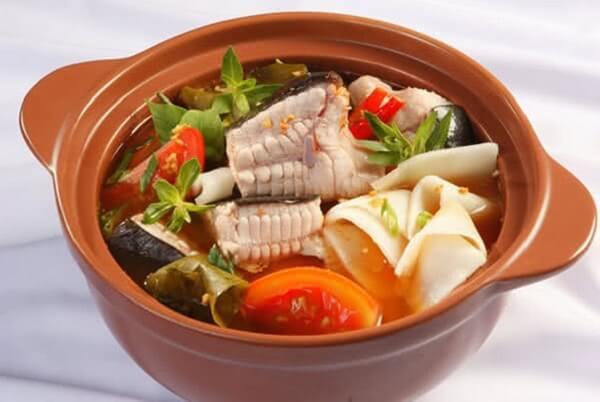 Cách nấu canh chua cá lăng với măng chua đậm đà hương vị