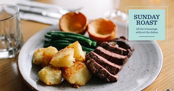 Sunday roast gồm thịt nướng ăn kèm với nước xốt và rau củ