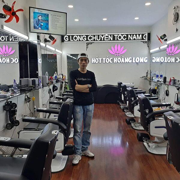 Tiệm hớt tóc Hoàng Long đường Bùi Thị Xuân, Quận 1
