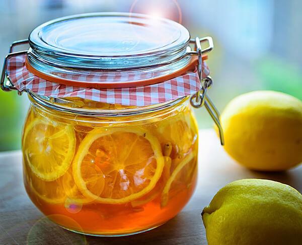 Kết hợp chanh với mật ong nguyên chất