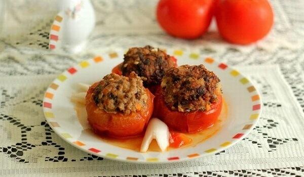 Cà chua nhồi thịt là món ăn hấp dẫn bổ sung nhiều chất dinh dưỡng - 2 cách làm cà chua nhồi thịt băm, đậu hũ khuôn nhồi thịt sốt cà chua ngon và đơn giản tại nhà
