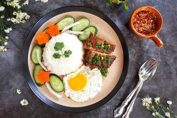7 quán ăn trưa ngon ở Quận 1 TPHCM, Buổi trưa ăn gì ở Sài Gòn quán ăn gia đình