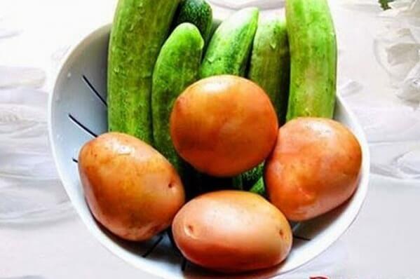 Cách làm mặt nạ khoai tây dưa chuột