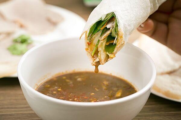 Cách làm nước mắm chấm bánh tráng cuốn thịt heo ngon đậm đà chỉ 3 bước đơn giản