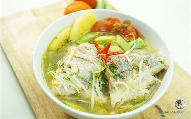 Cách nấu canh chua cá diêu hồng với đậu bắp, cà chua, bạc hà thơm ngon chỉ 6 bước đơn giản