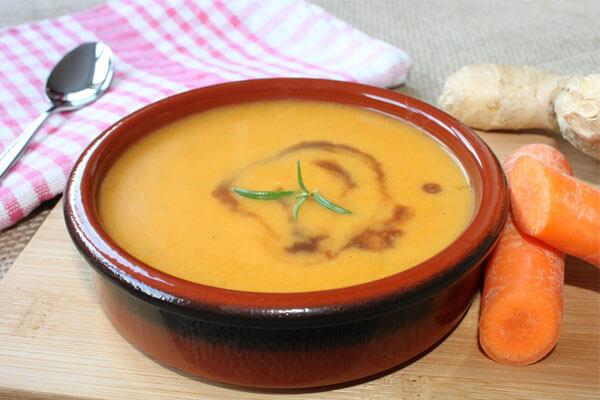 Cháo cà rốt bổ sung vitamin.