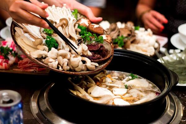 Thưởng thức món lẩu nấm - cách nấu lẩu nấm