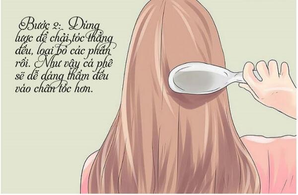Dùng lược chải mượt tóc