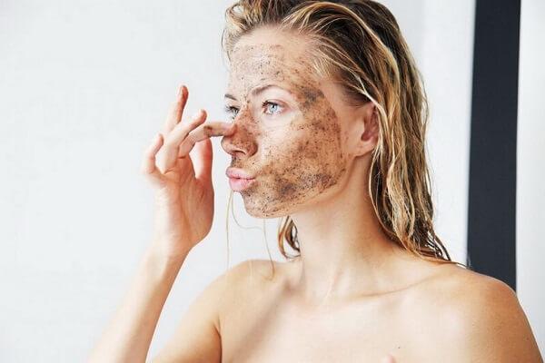 Hướng dẫn cách tẩy tế bào chết cho da mặt tại nhà cho da nhờn, da mụn