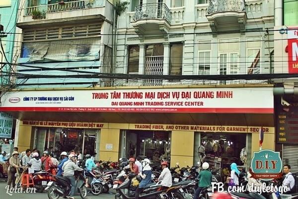 Đại Quang Minh thiên đường may mặc giữa lòng Sài Gòn