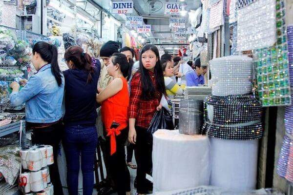 Đại Quang Minh nằm trong khu vực sinh sống chủ yếu của người Hoa