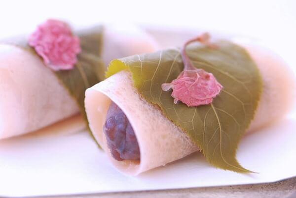 Những chiếc bánh Mochi hoa Anh Đào bắt mắt