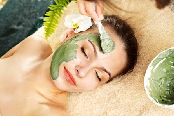 Công dụng của mặt nạ trà xanh sữa chua đến da mặt