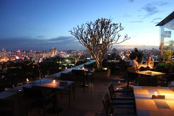 Bật mí các bạn 4 quán ăn lãng mạng dành cho Couple ở Sài Thành hoa lệ.
