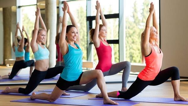 Hoc yoga o dau uy tin, trung tâm yoga, phòng tập yoga, lớp học yoga