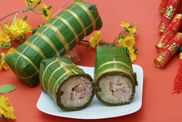 Cách gói bánh tét truyền thống đúng kiểu Nam Bộ