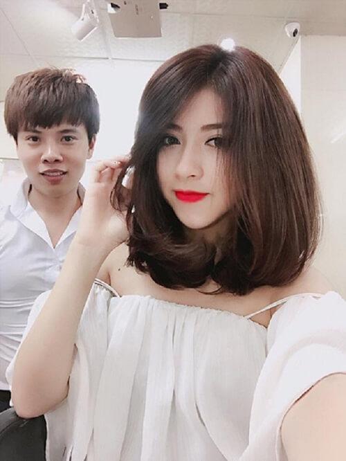 Kiểu tóc đẹp này sẽ giúp làm lu mờ đường nét của khuôn mặt tròn