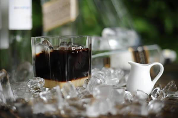Khách đến quán thường gọi nhiều nhất là cà phê đen