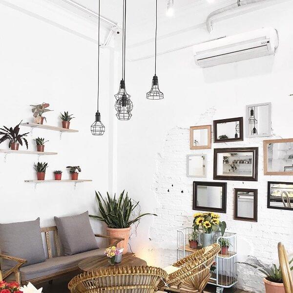 Cup of Tea Café & Bistro là nơi vô cùng thích hợp để nghỉ ngơi, thư giãn
