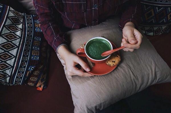 Quán Lau Café.