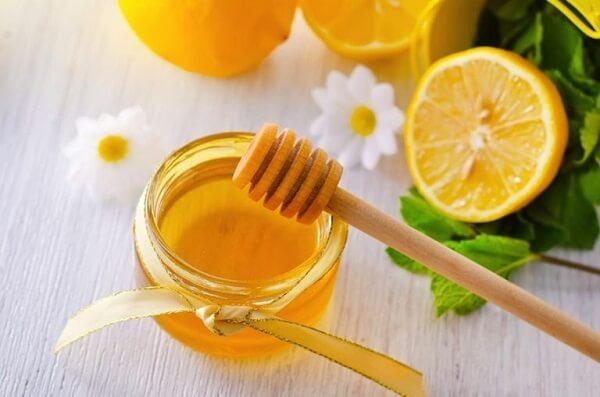 Các sản phẩm từ mật ong rừng nguyên chất, sữa ong chúa