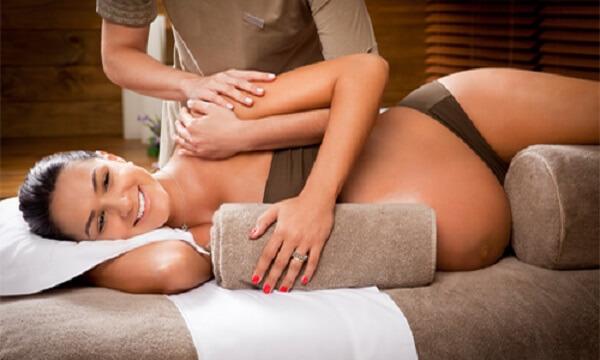 Massage giúp lưu thông khí huyết