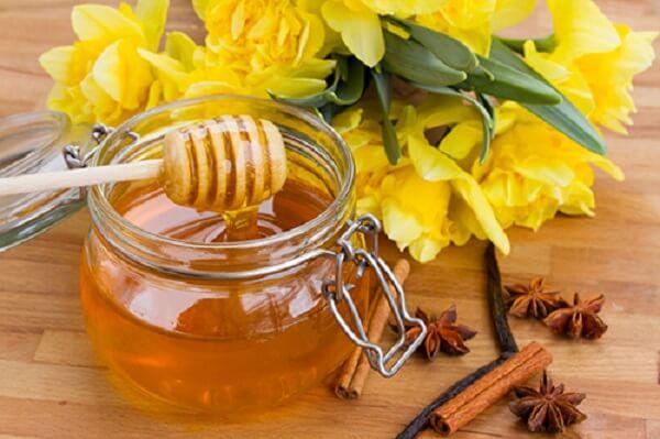 Mật ong là thức ăn duy nhất không bị hỏng.