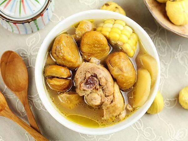 Canh gà hầm là món ăn vừa thơm ngon lại vừa bổ dưỡng - Cách nấu canh gà hầm nấm, thuốc bắc hạt sen, canh gà hầm ngải cứu, gà hầm sả, canh gà lá giang thơm ngon