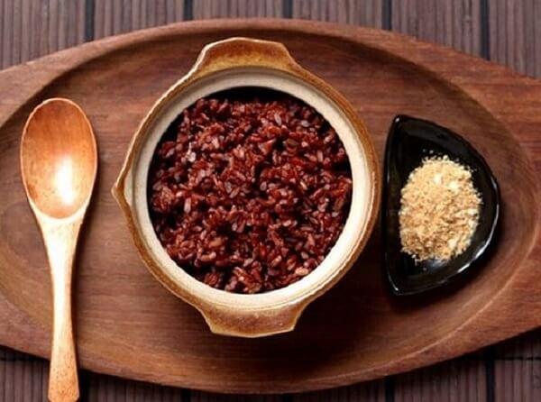 Sự kết hợp tuyệt vời của yến mạch và gạo lứt - 6 món ngon từ yến mạch giảm cân với sữa chua, gừng, salad, gạo lứt, Ăn bột yến mạch có giảm cân không?