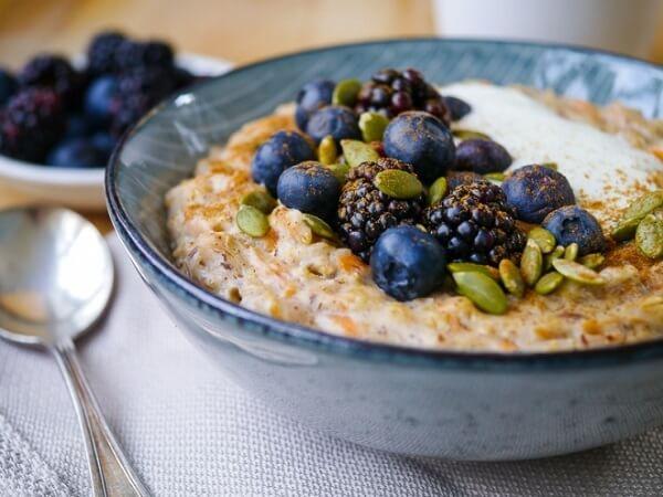 6 món ngon từ yến mạch giảm cân với sữa chua, gừng, salad, gạo lứt, Ăn bột yến mạch có giảm cân không?