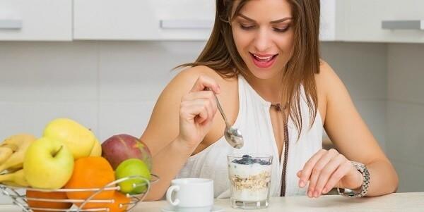 Ăn sữa chua đúng cách còn giúp chống bức xạ hiệu quả